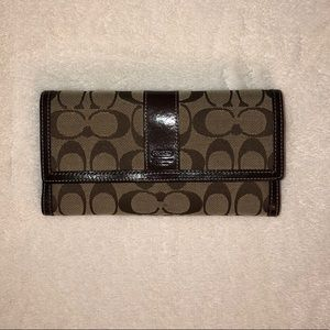 Signature Coach Trifold Brown Wallet